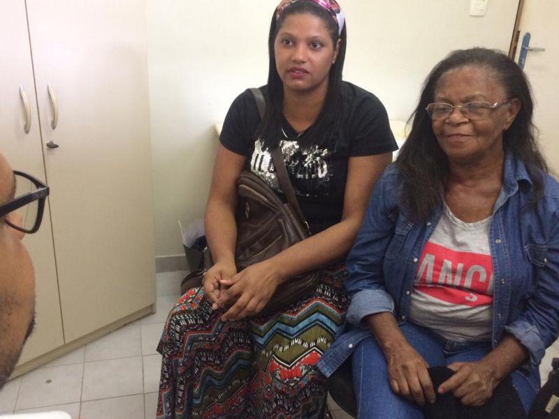 Tia e sobrinha procuram parente em Penedo com que perderam o contato há cerca de 50 anos