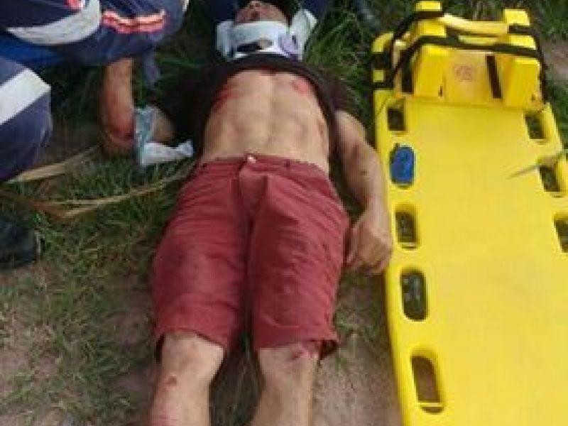Colisão de moto com moto é registrada na zona rural de Penedo e deixa dois feridos