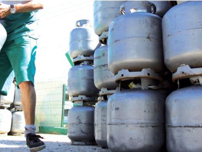 """Distribuidora """"HL Gás"""" chega em Penedo para fazer a diferença no dia a dia dos ribeirinhos"""