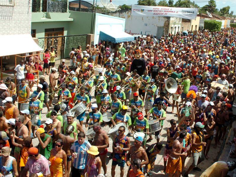 Uso de paredão de som e similares está proibido durante o Carnaval de Neópolis
