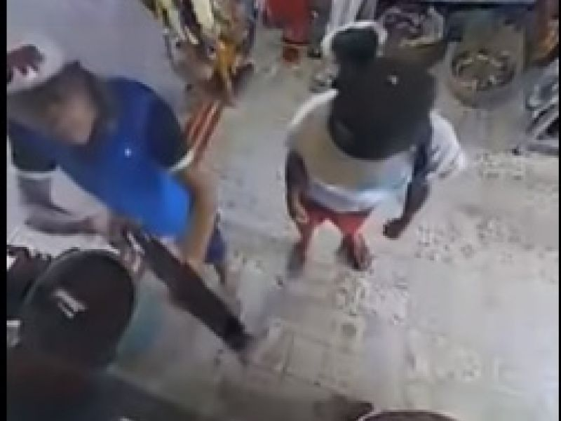 Polícia prende trio acusado de participar de roubo em casa de artigos religiosos de Penedo