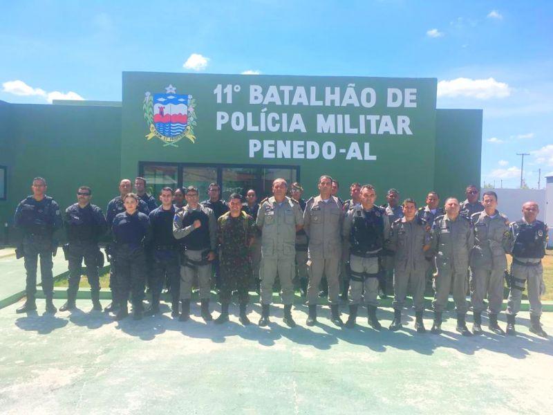 11º BPM, em Penedo, recebe visita do comandante do 59º Batalhão de Infantaria