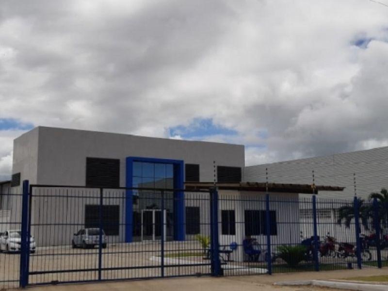 Governador inaugura empresa e assina OS para pavimentar núcleo industrial nesta terça