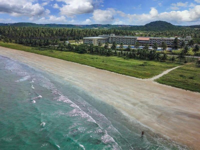 Governador Renan Filho inaugura resort em Japaratinga, interior de Alagoas