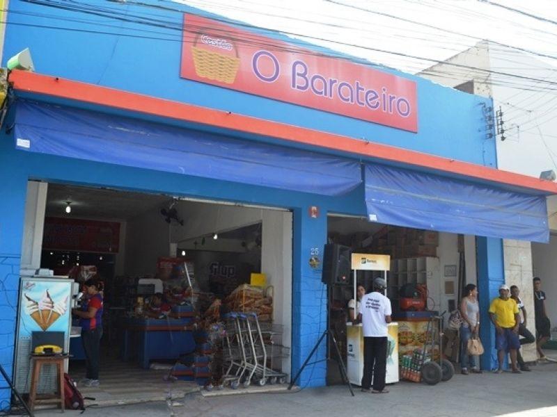 Supermercado abre seleção para contratar operador de caixa e estagiários