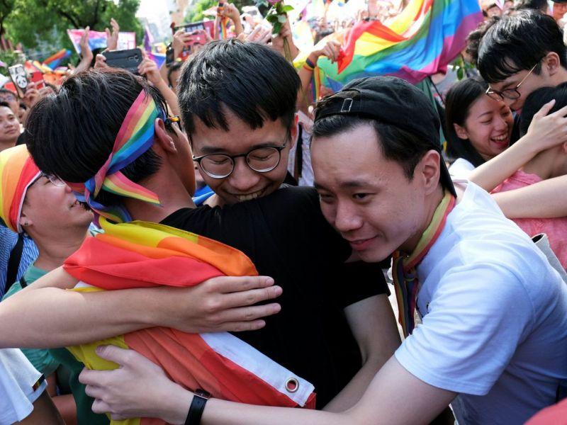 Taiwan é primeiro país da Ásia a legalizar casamento gay