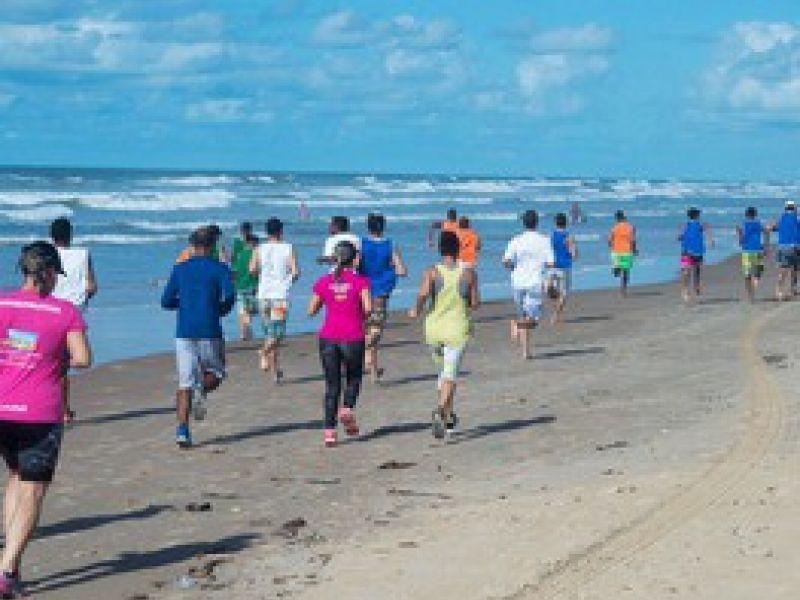 'Corrida para a Liberdade' integra comunidade, adolescentes e colaboradores da Fundação Renascer