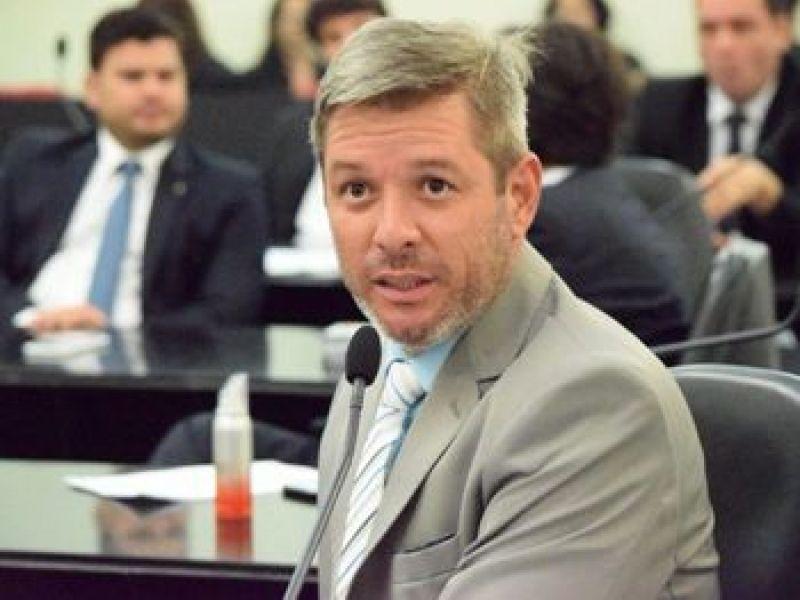 Deputados darão R$ 12 mil para quem localizar suspeitos de decepar dedos de mulher em AL