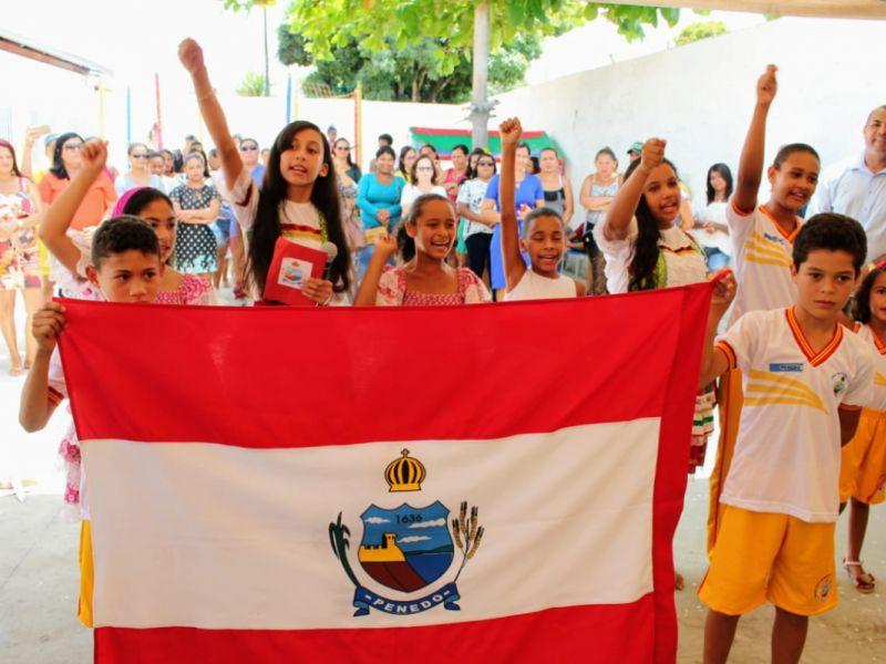 Comunidade dos Peixotos recebe Escola Cândido Toledo totalmente modernizada