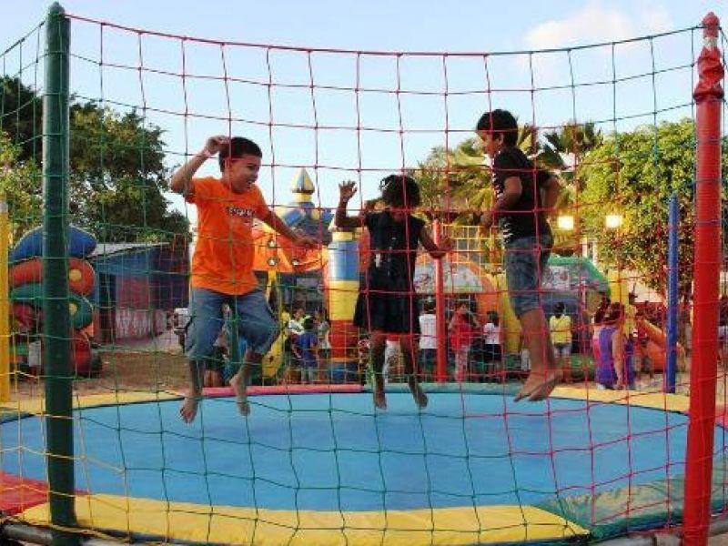 Projeto arrecada brinquedos e materiais para deixar o Dia das Crianças animado em Penedo