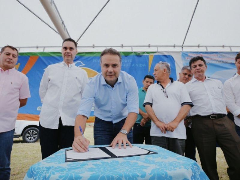 Governador assina ordem de serviço para construção da Vila do Esporte em Teotônio