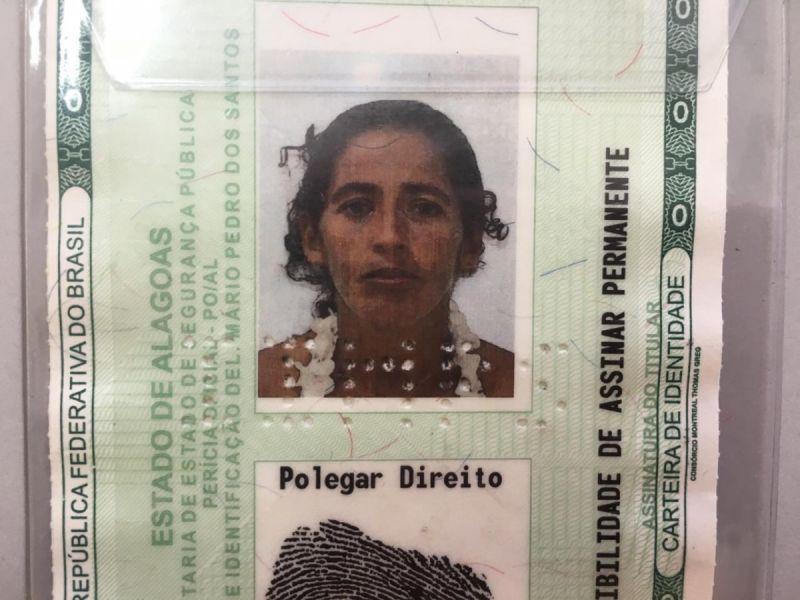 Moradora de Feliz Deserto desaparece após sair de casa com destino à Penedo