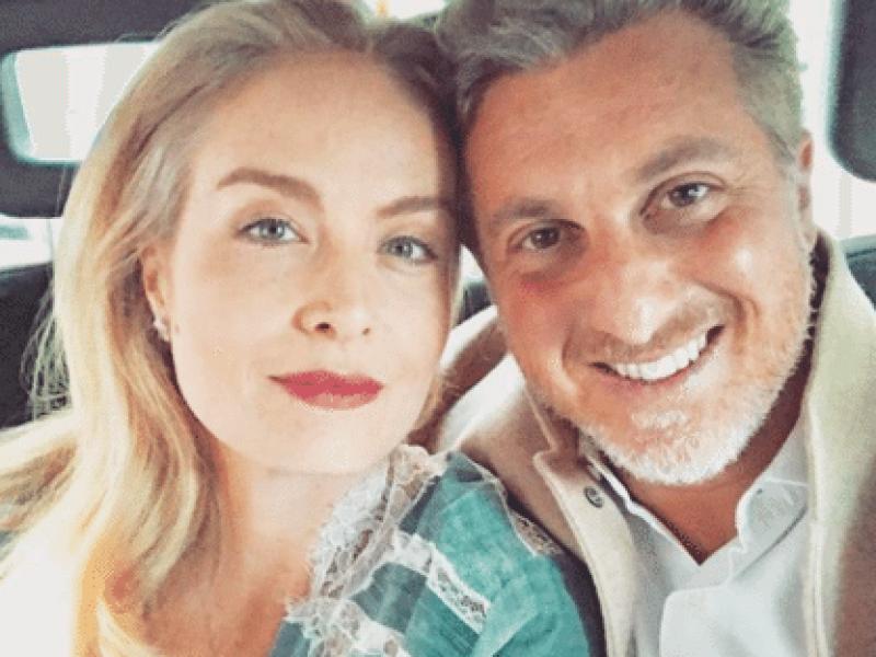 Angélica e Huck fazem 15 anos de casados