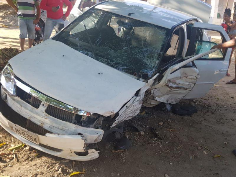 Acidente de trânsito registrado entre Penedo e São Sebastião deixa duas pessoas feridas