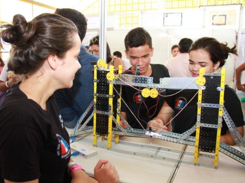 Rede estadual de ensino ganha credenciamento para mais importante feira científica do país