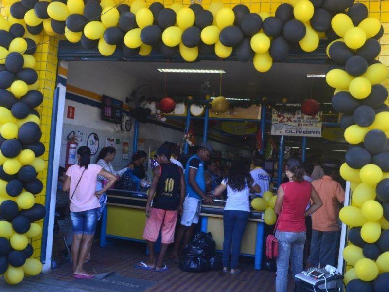 Fotos: Black Friday do Mercadinho Oliveira supera expectativas de clientes em Penedo