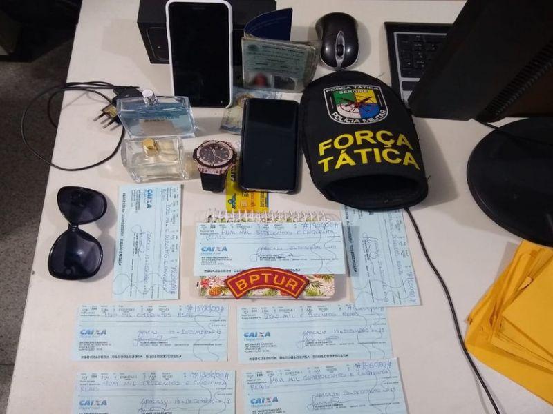Suspeita de estelionato é presa em shopping de Aracaju