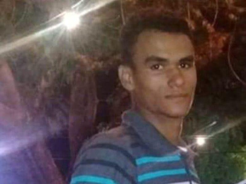Após participar de festa em Penedo, jovem de 21 anos desaparece e deixa família aflita