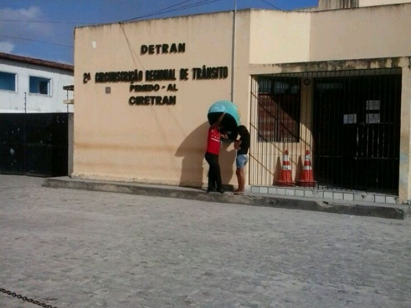 Serviços do Detran são paralisados em Penedo e outros municípios de Alagoas
