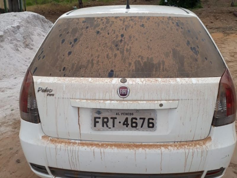 Casal é abordado por dupla armada e tem carro roubado na zona rural de Igreja Nova