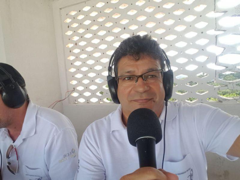 """Narrador conhecido em Penedo como """"Vulcão do Brasil"""" sofre acidente em SE"""