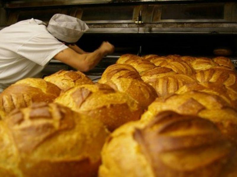 Empresas do ramo alimentício divulgam oportunidade de emprego em Penedo