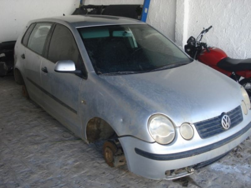 Polícia encontra carro roubado de vereador