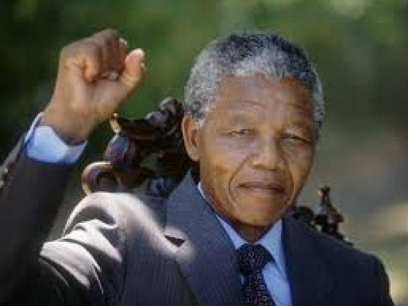 Agenda Cultural Mandela Vive promove arte de contestação social em Manguinhos